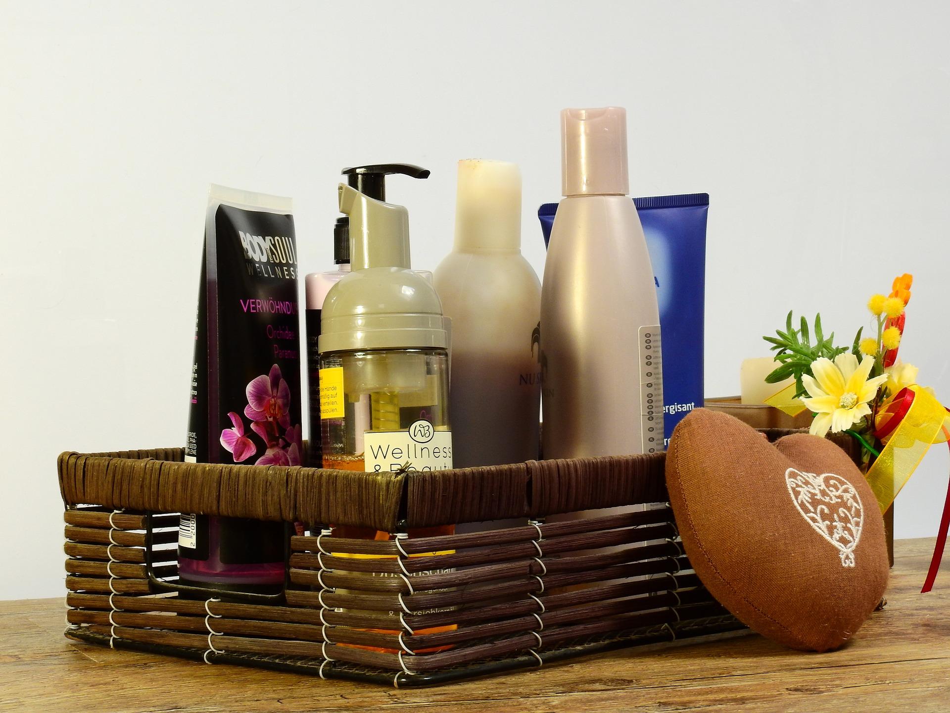 Alfabetyczny spis polskich firm kosmetycznych