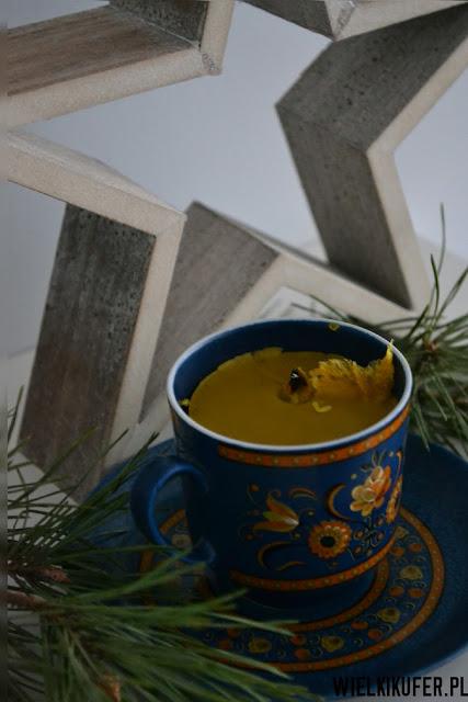 Świąteczna świeca pachnąca miodem – DIY