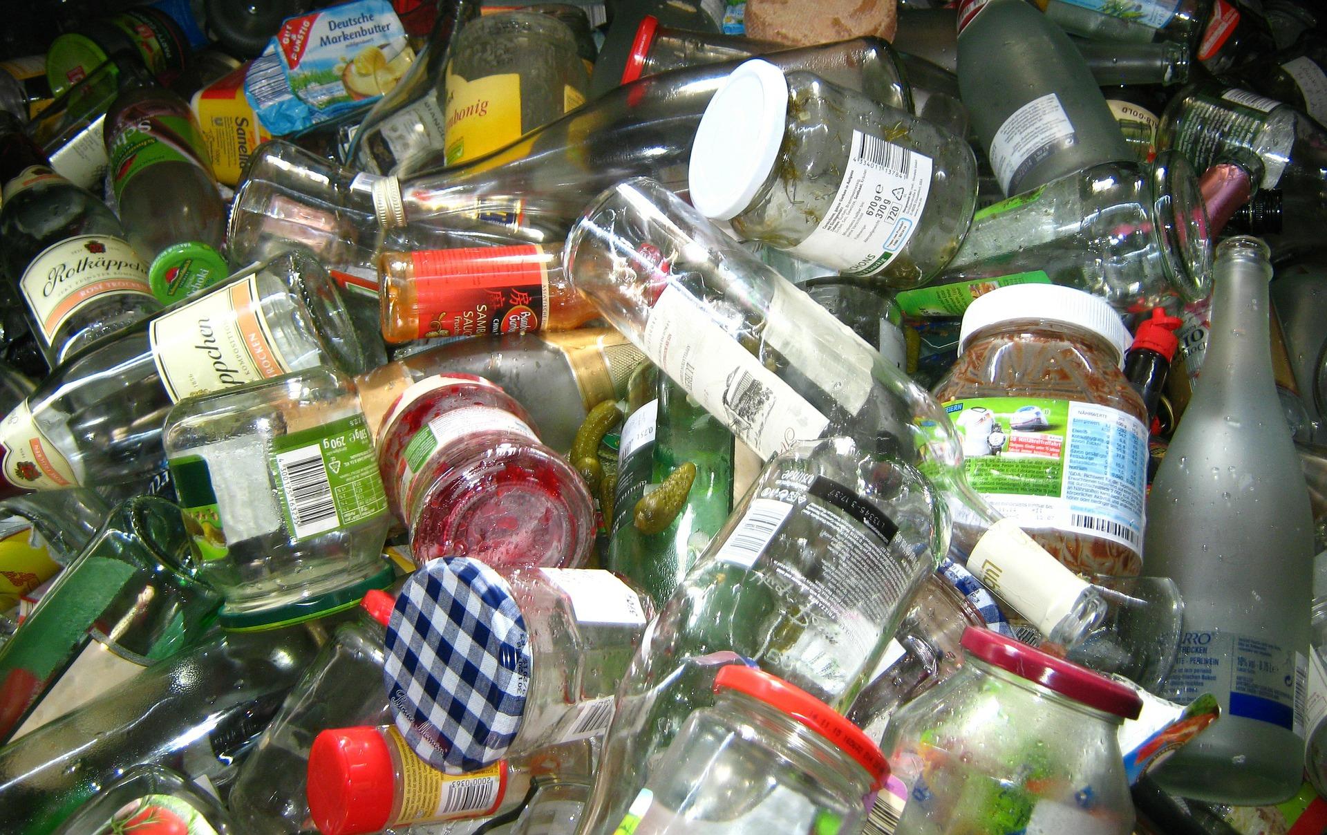 Jak segregować śmieci, mieszkając w bloku.